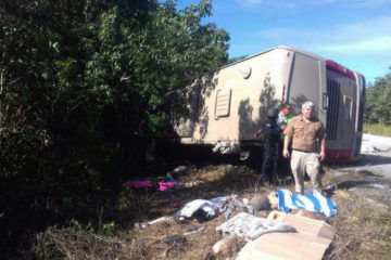 12 reported dead after foreign tourist bus crashes in Mexico