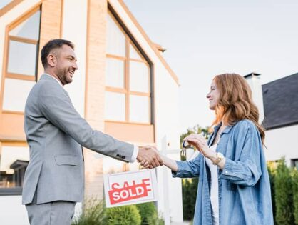 How to Choose a Real Estate Agent for Selling During the COVID-19 Pandemic